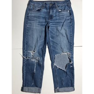 American Eagle high rise Tomgirl Boyfriend Jeans